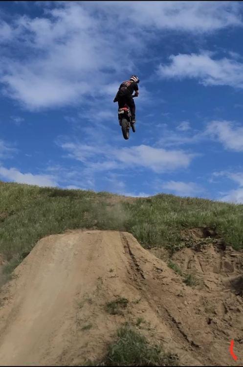 Dylan Clark bike jumping pic.jpg